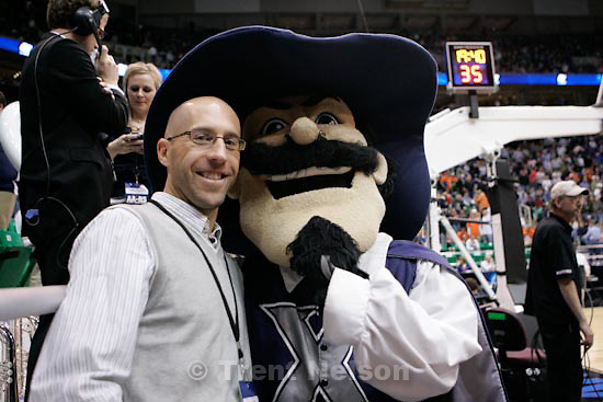 Trent Nelson  |  The Salt Lake Tribune.Salt Lake City - Kansas State vs. Xavier, NCAA West Regional college basketball practice Thursday, March 25, 2010. mike lewis with mascot