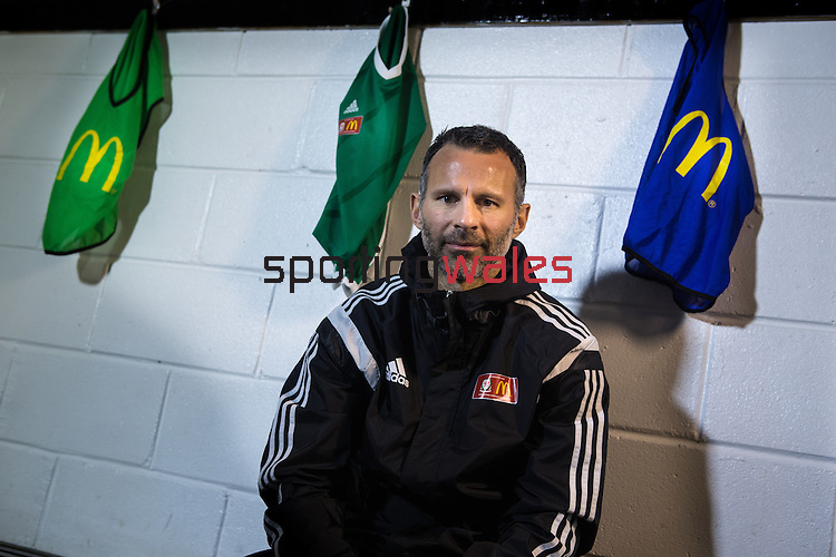 McDonalds Football ambassador Ryan Giggs visiting Hollywell Town Football Club.<br /> 17.11.15<br /> ©Steve Pope-Sportingwales