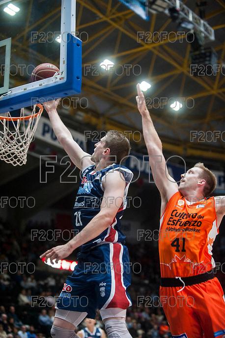 VALENCIA, SPAIN - OCTOBER 31: Adam Waczynski and Hamilton during ENDESA LEAGUE match between Valencia Basket Club and Rio Natura Monbus Obradoiro at Fonteta Stadium on   October 31, 2015 in Valencia, Spain