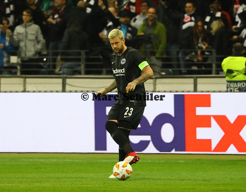Marco Russ (Eintracht Frankfurt) - 04.10.2018: Eintracht Frankfurt vs. Lazio Rom, UEFA Europa League 2. Spieltag, Commerzbank Arena, DISCLAIMER: DFL regulations prohibit any use of photographs as image sequences and/or quasi-video.