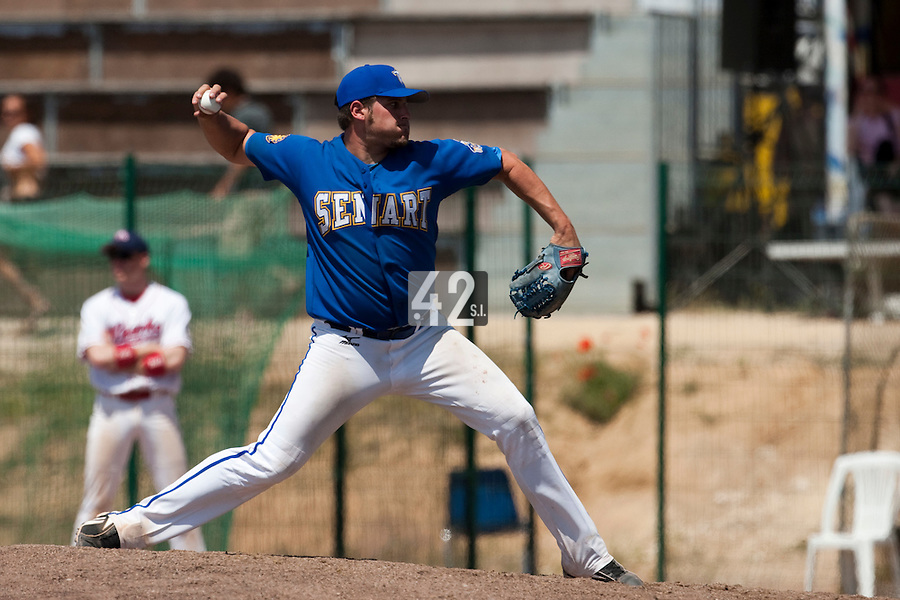 24 May 2009: Rhett Teller of Senart pitches against La Guerche during the 2009 challenge de France, a tournament with the best French baseball teams - all eight elite league clubs - to determine a spot in the European Cup next year, at Montpellier, France. Senart wins 8-5 over La Guerche.