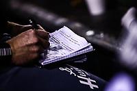 Barry Henrigth, escribe en libreta <br /> <br /> Mexico pierde 5 carreras 4 , durante el  segundo d&iacute;a de actividades de la Serie del Caribe con el partido de beisbol  Tomateros de Culiacan de Mexico  contra los Alazanes de Gamma de Cuba en estadio Panamericano en Guadalajara, M&eacute;xico,  s&aacute;bado 3 feb 2018. <br /> (Foto  / Luis Gutierrez)