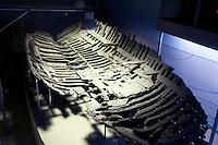 Nordzypern, Schiffswrackmuseum in der Burg von Girne (Keryneia, Kyrenia), Wrack eines Schiffes aus dem 3. Jh. vor Chr.