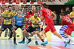 Ein harterAbwehrkampf Rhein Neckar Loewe Ilija Abutovic (Nr.20) ; Rhein Neckar Loewe Gedeon Villaplana Guardiola (Nr.30)  gegen Veszpr&eacute;ms Andreas Nilsson (Nr.18) und Veszpr&eacute;ms L&aacute;szl&oacute; Nagy (Nr.19) beim Spiel in der Champions League, Telekom Veszprem - Rhein Neckar Loewen.<br /> <br /> Foto &copy; PIX-Sportfotos *** Foto ist honorarpflichtig! *** Auf Anfrage in hoeherer Qualitaet/Aufloesung. Belegexemplar erbeten. Veroeffentlichung ausschliesslich fuer journalistisch-publizistische Zwecke. For editorial use only.