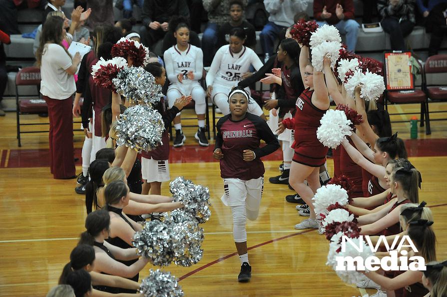 NWA Democrat-Gazette/MICHAEL WOODS • @NWAMICHAELW<br /> Fayetteville High School vs Springdale High School Friday, January 15, 2016 during their basketball game at Springdale High School.