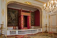 Europe/France/Centre/41/Loir-et-Cher/Sologne/ Chambord: Château de Chambord - Les Appartements: Chambre dite de Louis XIV //  France, Loir et Cher, Loire Valley listed as World Heritage by UNESCO, Chateau de Chambord, ceremonial bedroom in the king's flats