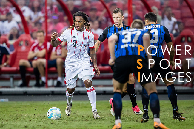 Bayern Munich Midfielder Renato Sanches (L) plays against FC Internazionale Forward Ivan Perisic (R) during the International Champions Cup match between FC Bayern and FC Internazionale at National Stadium on July 27, 2017 in Singapore. Photo by Marcio Rodrigo Machado / Power Sport Images