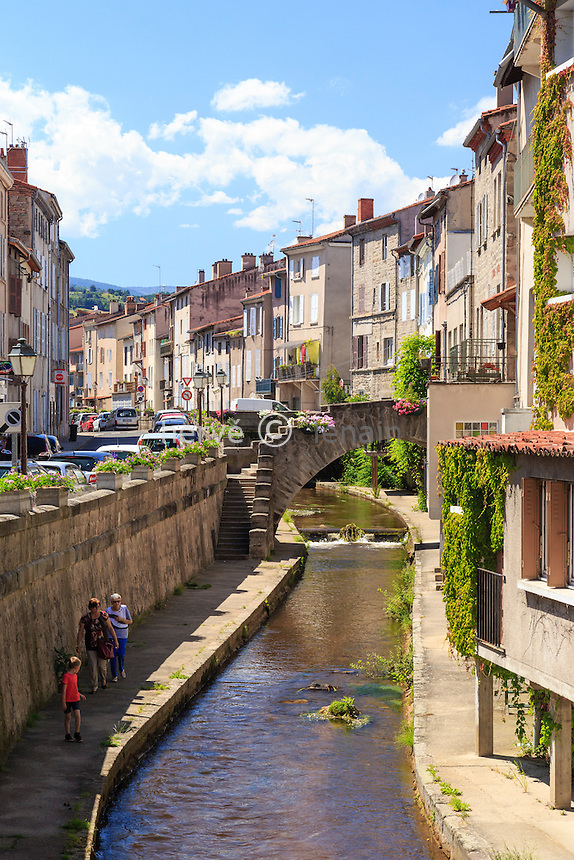 France, Loire (42), Montbrison, maisons des Quais du Vizezy //France, Loire, Montbrison, Vizery quay