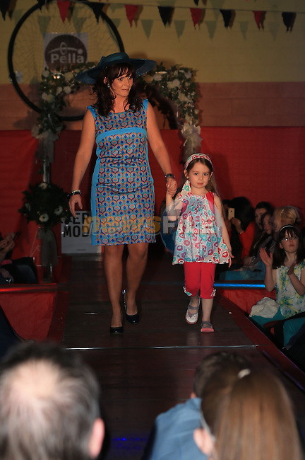 Ashleigh and Ruth Englishby.at the Mattock Rangers fashion show..Picture: Fran Caffrey / www.newsfile.ie ..