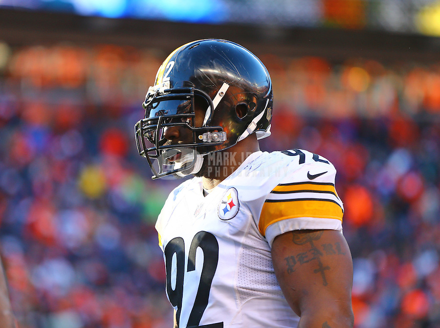 Jan 17, 2016; Denver, CO, USA; Pittsburgh Steelers linebacker James Harrison (92) against the Denver Broncos during the AFC Divisional round playoff game at Sports Authority Field at Mile High. Mandatory Credit: Mark J. Rebilas-USA TODAY Sports