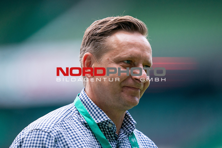Horst Heldt Geschäftsführer / Geschaeftsfuehrer Sport (1.FC Koeln)<br /> <br /> <br /> Sport: nphgm001: Fussball: 1. Bundesliga: Saison 19/20: 34. Spieltag: SV Werder Bremen vs 1.FC Koeln  27.06.2020<br /> <br /> Foto: gumzmedia/nordphoto/POOL <br /> <br /> DFL regulations prohibit any use of photographs as image sequences and/or quasi-video.<br /> EDITORIAL USE ONLY<br /> National and international News-Agencies OUT.