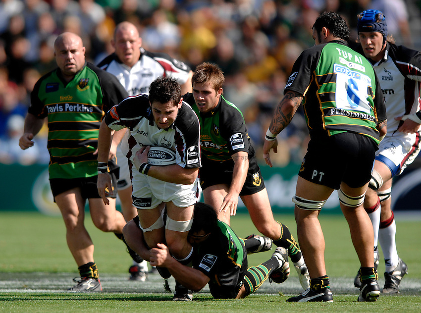Photo: Richard Lane..Northampton Saints v Newcastle Falcons. Guinness Premiership. 03/09/2006. .Falcons' Brent Wilson attacks.
