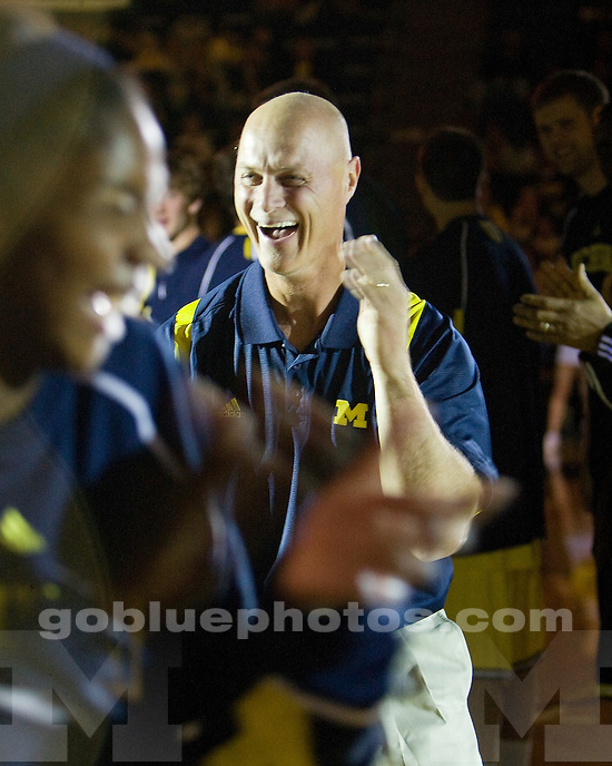 Michigan Madness at Crisler Arena on 10/16/09.