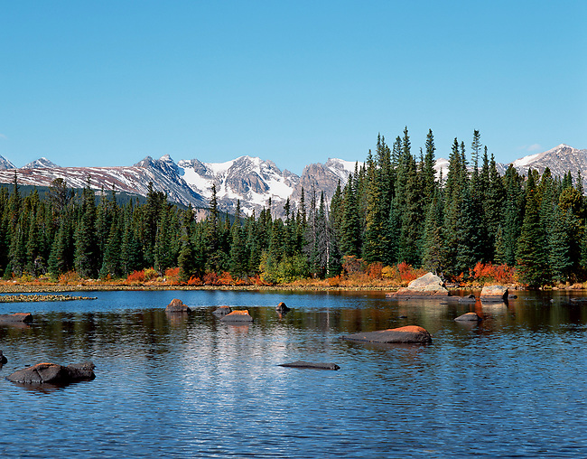 Red Rock Lake, Indian Peaks Wilderness, autumn, fall, Rocky Mountains, Colorado