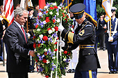 United States President George W. Bush participates in a wreath laying ceremony at the Tomb of the Unknowns in Arlington National Cemetery on Memorial Day, May 26, 2008 in Arlington, Virginia.   <br /> Credit: Ken Cedeno / Pool via CNP