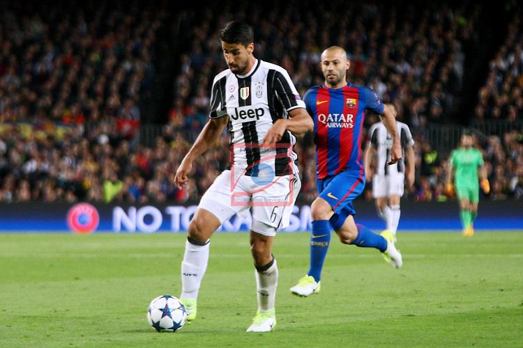 UEFA Champions League 2016/2017.<br /> Quarter-finals 2nd leg.<br /> FC Barcelona vs Juventus Football Club: 0-0.<br /> Sami Khedira vs Javier Mascherano.