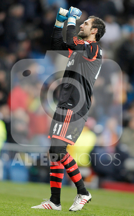Real Madrid's Diego Lopez celebrates during UEFA Champions League match. April 03, 2013. (ALTERPHOTOS/Alvaro Hernandez)
