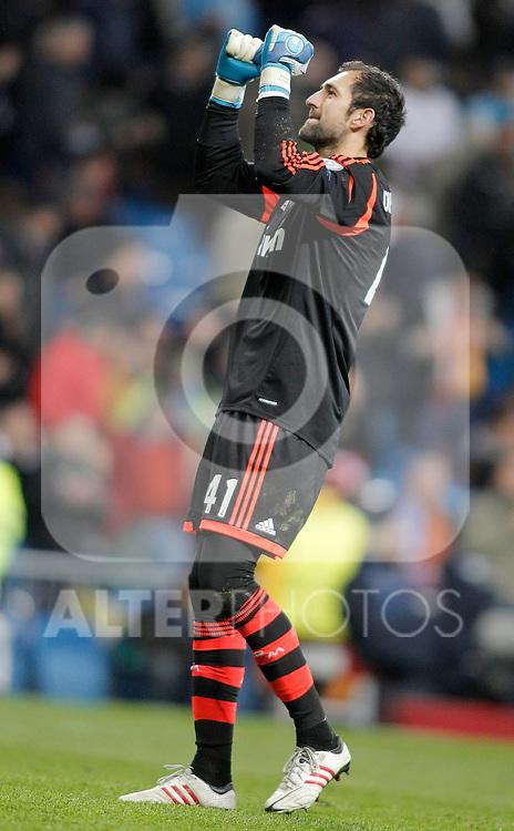 Real Madrid's Diego Lopez celebrates during UEFA Champions League match. April 03, 2013. (ALTERPHOTOS/Alvaro Hernandez)