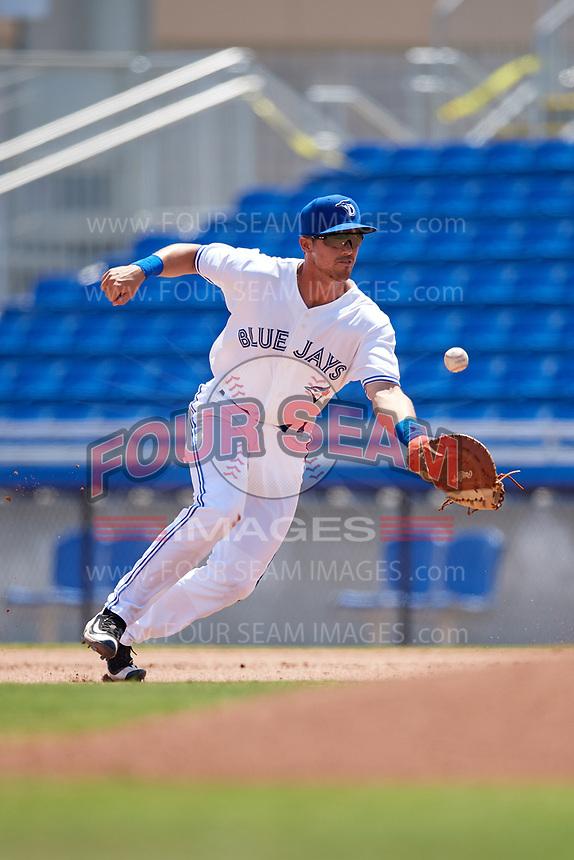 Dunedin Blue Jays first baseman Nash Knight (35) fields a ball during a game against the Daytona Tortugas on April 22, 2018 at Dunedin Stadium in Dunedin, Florida.  Daytona defeated Dunedin 5-1.  (Mike Janes/Four Seam Images)