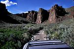 Four wheeling on the Applegate - Lassen Pioneer Trail in High Rock Canyon