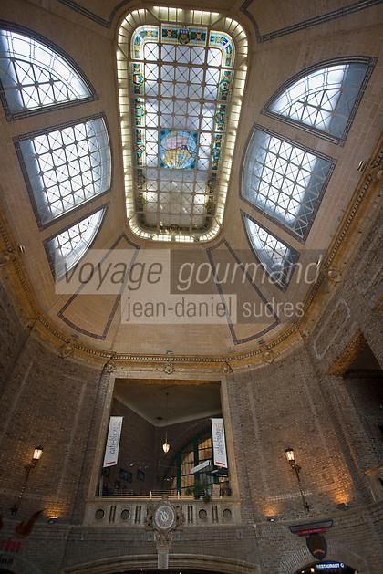 Amérique/Amérique du Nord/Canada/Québec/ Québec: La Gare du Palais-détail de la coupole du plafond