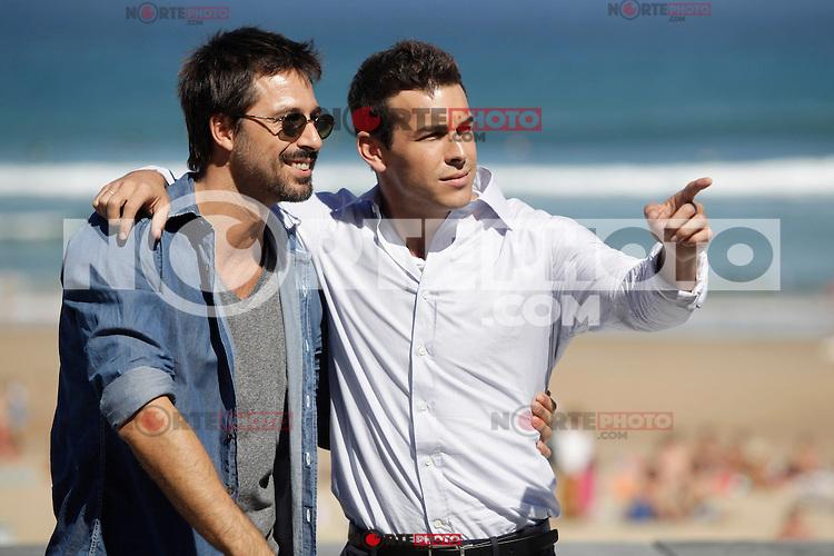 "Actors Hugo Silva (L) and Mario Casas (R) posse during the presentation of ""Las brujas de Zugarramurdi"" in the 61 San Sebastian Film Festival, in San Sebastian, Spain. September 22, 2013. (ALTERPHOTOS/Victor Blanco) /NortePhoto"
