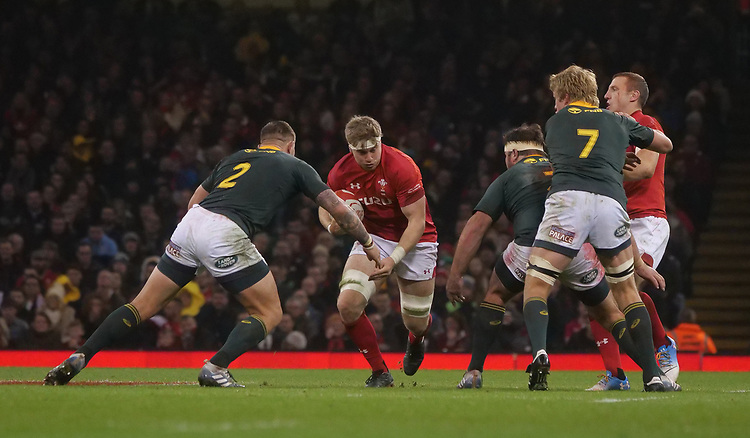 Wales' Aaron Wainwright is tackled by South Africa's Malcom Marx<br /> <br /> Photographer Ian Cook/CameraSport<br /> <br /> Under Armour Series Autumn Internationals - Wales v South Africa - Saturday 24th November 2018 - Principality Stadium - Cardiff<br /> <br /> World Copyright © 2018 CameraSport. All rights reserved. 43 Linden Ave. Countesthorpe. Leicester. England. LE8 5PG - Tel: +44 (0) 116 277 4147 - admin@camerasport.com - www.camerasport.com