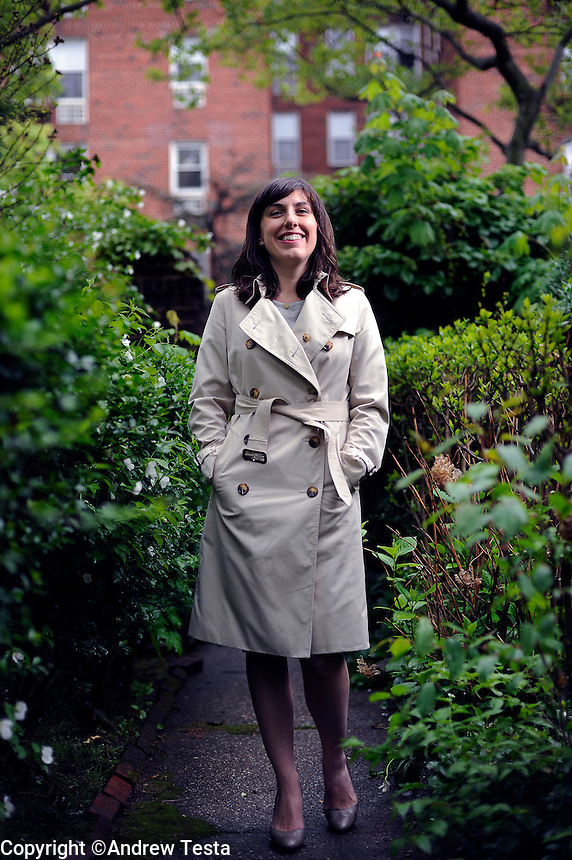 USA. Queens . 4th May 2009.Jessica Valenti at her home in Queens, New York..©Andrew Testa.