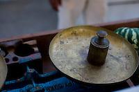 Ibiai_MG, Brasil...Detalhe de uma balanca antiga em Ibiai, Minas Gerais...Detail of ancient balance in Ibiai, Minas Gerais...Foto: LEO DRUMOND /  NITRO