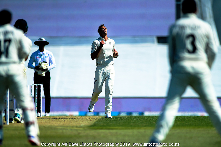 NZ's Tim Southee shows his frustration during day one of the international cricket 1st test match between NZ Black Caps and England at Bay Oval in Mount Maunganui, New Zealand on Thursday, 21 November 2019. Photo: Dave Lintott / lintottphoto.co.nz