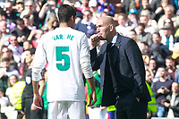 Real Madrid's coach Zinedine Zidane with Raphael Varane during La Liga match. April 8,2018. (ALTERPHOTOS/Acero) /NortePhoto NORTEPHOTOMEXICO