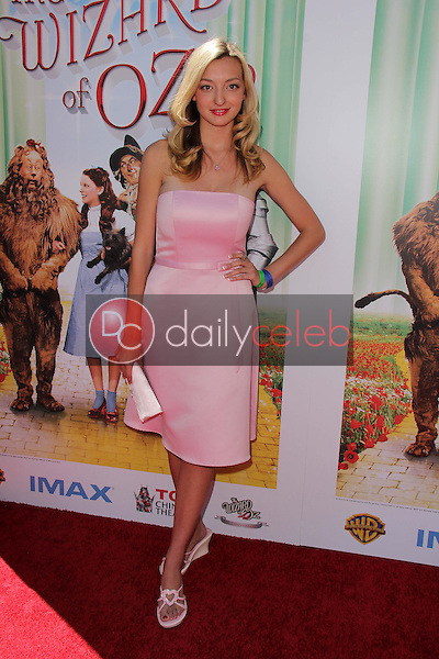 Joell Posey<br />