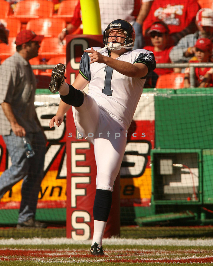 RYAN PLACKEMEIER, of the Seattle Seahawks in action against the Kansas City Chiefs on October 29, 2006 in Kansas City, MO...Chiefs win 35-28..Kevin Tanaka/ SportPics