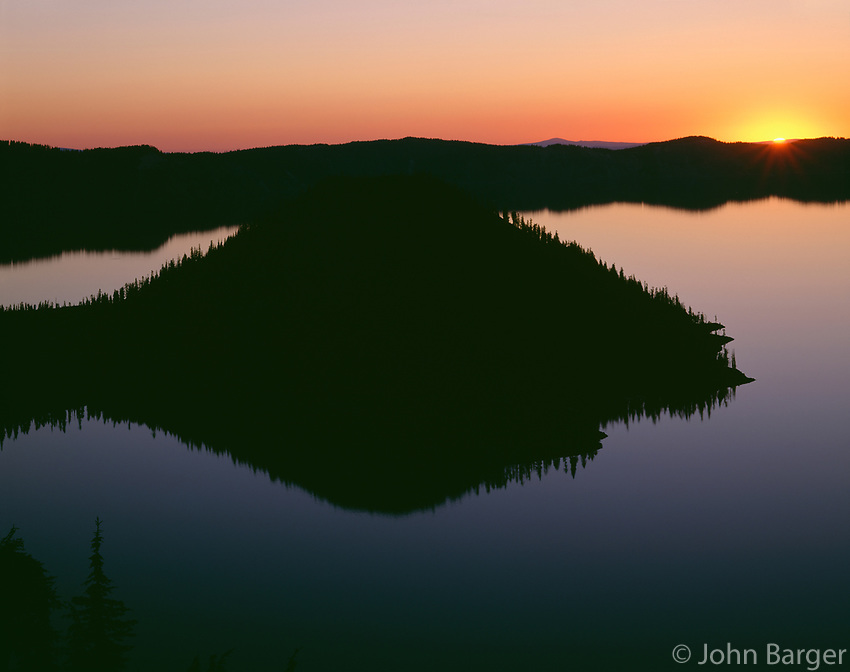 ORCL_041 - USA, Oregon, Crater Lake National Park, Sunrise over Wizard Island and Crater Lake.