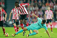 Athletic de Bilbao's Inaki Williams (l) and FC Barcelona's Andre Gomes during La Liga match. October 28,2017. (ALTERPHOTOS/Acero) /NortePhoto.com