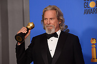 Jeff Bridges poses backstage with the Cecil B. DeMille Award for his &ldquo;outstanding contribution to the entertainment field&rdquo; at the 76th Annual Golden Globe Awards at the Beverly Hilton in Beverly Hills, CA on January 6, 2019.<br /> *Editorial Use Only*<br /> CAP/PLF/HFPA<br /> Image supplied by Capital Pictures