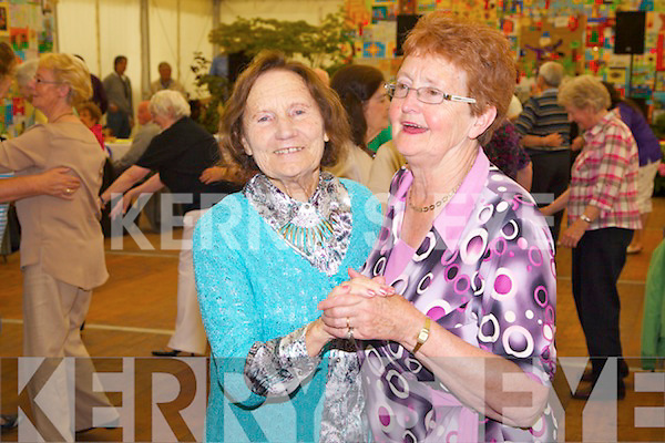 Pictured at the Seniors Tea Party at the Kerry Group Marquee as part of Féile na mBláth on Friday were Mary Martin and Bernie Conway.