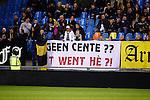 Nederland, Arnhem, 18 december 2015<br /> Eredivisie<br /> Seizoen 2015-2016<br /> Vitesse-FC Twente<br /> Supporters van Vitesse hebben een spandoek opgehangen met een verwijzing naar de financi&euml;le situatie bij FC Twente