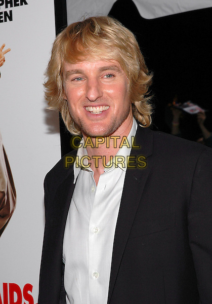 "OWEN WILSON.The premiere of the new film, ""The Wedding Crashers"", at the Ziegfeld Theater in Manhattan, New York, New York..July 13th, 2005.Photo Credit: Patti Ouderkirk/AdMedia.headshot portrait black suit jacket stubble.www.capitalpictures.com.sales@capitalpictures.com.© Capital Pictures."