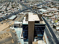 Colosio Boulevard Building. City. Architecture. Increase. Modernity. Real state development. Costoco, Soriana, Mega, Megamall, Auto, cars, parking. Panoramic view. Hermosillo, Sonora. Auto, cars, parking. Panoramic view. Hermosillo, Sonora. (Photo: Luis Gutierrez) .  METROCENTRO COLOSIO TOWER. TORRE METROCENTRO COLOSIO.<br />