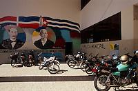 Dominikanische Republik, Wandbilder (Murales) in Bani