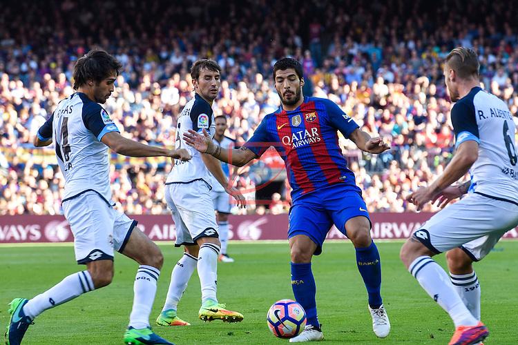 League Santander 2016/2017. Game: 8.<br /> FC Barcelona vs Deportivo: 4-0.<br /> Arribas vs Luis Suarez.
