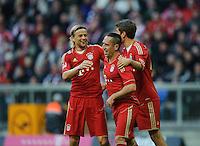 Fussball Bundesliga Saison 2011/2012 9. Spieltag FC Bayern Muenchen - Hertha BSC Berlin Jubel FCB, v.l.: Anatoliy TYMOSHCHUK (FCB), Franck RIBERY (FCB), Thomas MUELLER (FCB).
