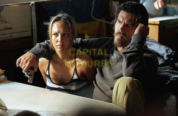 JESSICA ALBA & JOSH BROLIN.in Into The Blue.Filmstill - Editorial Use Only.CAP/AWFF.www.capitalpictures.com.sales@capitalpictures.com.Supplied By Capital Pictures.