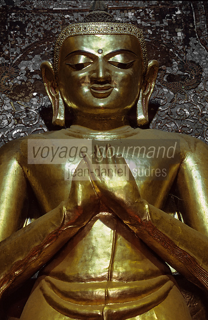 "Asie/Birmanie/Myanmar/Bagan: Pagode ""Ananda"" - Les grands Bouddhas en bois de teck"