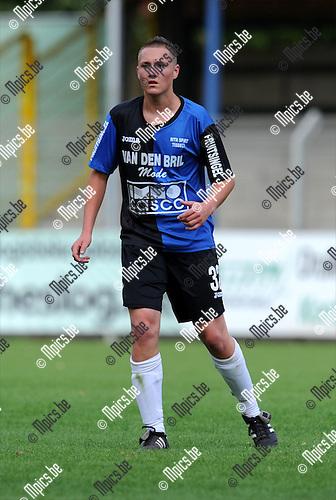 2011-07-17 / Voetbal / seizoen 2011-2012 / Rupel-Boom / Dennis De Backer..Foto: mpics