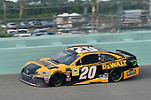 #20: Erik Jones, Joe Gibbs Racing, Toyota Camry DeWalt