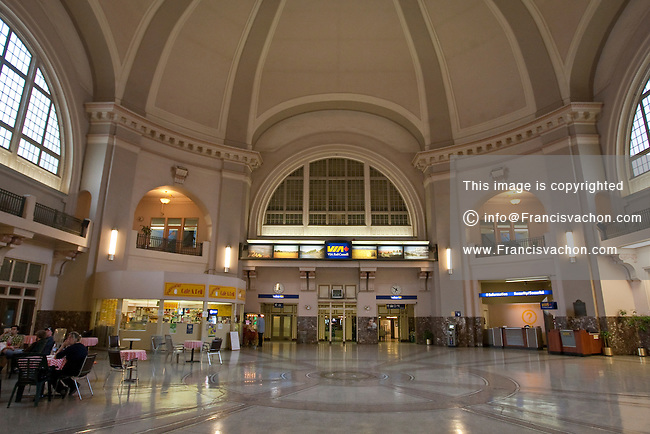 Winnipeg VIA Union Station is pictured in Winnipeg Sunday May 22, 2011. Designed by Warren and Wetmore and built by the Canadian Northern Railway, National Transcontinental, and Grand Trunk Pacific Railway, Union Station is the inter-city railway station for Winnipeg, Manitoba.