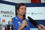 Alexander Conrad (Trainer SVW Mannheim) in der Oberliga 2007/08 VfR Mannheim vs. SV Waldhof/Mannheim. Foto © Rhein-Neckar-Picture *** Foto ist honorarpflichtig! *** Auf Anfrage in höherer Qualität/Auflösung. Belegexemplar erbeten.