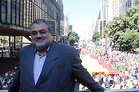 SAO PAULO, SP, 04.05.2014 - PARADA DO ORGULHO LGBT - Presidente da Parada Gauy Fernando Quaresma,  durante o Festival do  Orgulho LGBT na tarde deste Domingo, 4 na Avenida Paulista, regiao central da  cidade de São Paulo. (Foto: Andre Hanni /Brazil Photo Press).